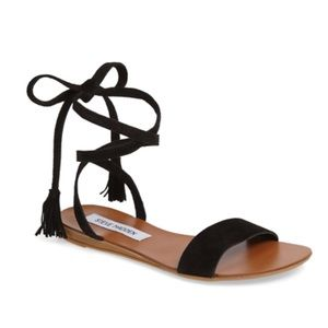 Steve Madden Laceup Shoes